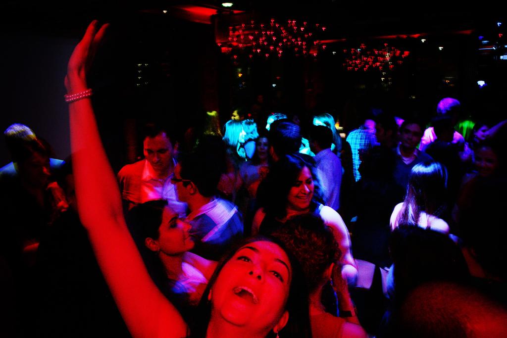 radio_javan_party-030-015